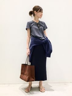 Spring Fashion, J Crew, Midi Skirt, Normcore, Spring Summer, Dresses For Work, Clothes For Women, Skirts, T Shirt