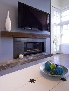 Contemporary Family Room Fireplace Design, Pictures, Remodel, Decor and Ideas - page 6