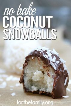 Coconut Snowballs are a simple, easy-to-make cookie recipe that doesn't involve any baking. These cookies only take 5 minutes to make, and the melted chocolate makes them taste just like candy. These are great for holidays, family gatherings, or any time Köstliche Desserts, Delicious Desserts, Dessert Recipes, Snacks Recipes, Easy Candy Recipes, Quick Snacks, Chocolate Candy Recipes, No Bake Recipes, Recipies