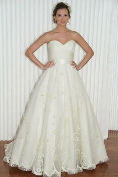 Simple Elegance: 2014 Inspiration Wedding Dress by Modern Trousseau