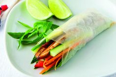 Try these delicious and super easy snack, dinner or hand held picnic food. How could you resit these vietnamese rice paper rolls.