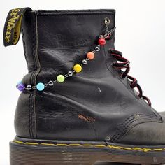 Boot Chain Bracelet - All The Colors - Chain Combat Boots, Army Boots, Docs, Dr. Martens, Doctor Martens by on Etsy Customised Clothes, Magic Women, Doc Martins, Custom Boots, Drawing Stuff, Dream Shoes, Diy Costumes, Lgbt, Avatar