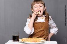 Lire la suite : http://santeformeminceur.com/surpoids-et-obesite-chez-lenfant-comment-faire-pour-les-limiter#ixzz2oEOBsGj7  Lisez la suite sur http://santeformeminceur.com  Follow us: @santeformemince on Twitter | santeformeminceur on Facebook  Limiter le surpoids et  l'obésité chez l'enfant : comment faire ?  Surpoids et obésité chez l'enfant : Il est rassurant de savoir que la solution est entre nos mains.
