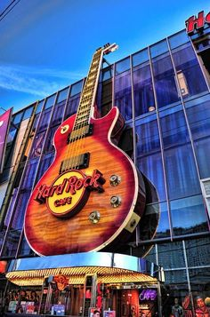 The Hardrock Cafe - Another T-Shirt or Ball Cap for your delight! - L Good Photography City Photography, Amazing Photography, Hawaiian Homes, Las Vegas Nevada, Famous Places, Retro Aesthetic, Daily Photo, Best Cities, Quote Posters