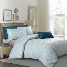 Spotlight stocks a huge range of quilt covers and quilt cover sets for king, queen, and single size beds! Transform the look of your bedroom today. Single Size Bed, Kids Craft Supplies, Quilt Cover Sets, Luxury Living, Linen Bedding, Girls Bedroom, Modern Contemporary, Duvet Covers, Living Spaces
