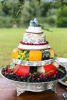 Steps To A Perfect Cheese Wheel Wedding Cake ❤ See more: http://www.weddingforward.com/cheese-wheel-wedding-cake/ #weddings