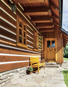 Související obrázek Small Log Cabin, Wooden Cottage, Log Homes, Home Fashion, Porch, Sweet Home, Log Cabins, Architecture, House Styles