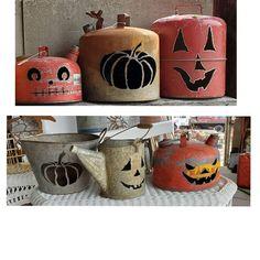 Rustic Halloween, Outdoor Halloween, Fall Halloween, Wooden Pumpkins, Fall Pumpkins, Metal Yard Art, Metal Art, Halloween Projects, Diy Halloween Decorations