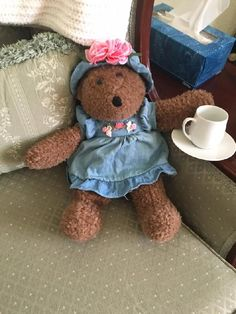 Found on 09 Feb. 2016 @ University of Iowa Hospitals, 200 Hawkins Dr, Iowa C. Hi friends! This lovely bear was lost by someone at University of Iowa Children's Hospital, in the Pediatric Specialty Clinic. She came home with me in an attempt to find her owners! I'm sure there... Visit: https://whiteboomerang.com/lostteddy/msg/eyiy2r (Posted by Ellen on 14 Feb. 2016)