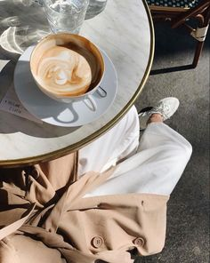 Morning Coffee Girl Boss Business Woman Working From Home Relaxed business coffee morning relaxed woman working 753719687621818668 Cream Aesthetic, Aesthetic Coffee, Brown Aesthetic, Aesthetic Food, Aesthetic Style, Nature Aesthetic, Aesthetic Outfit, Aesthetic Photo, Healthy Bowl