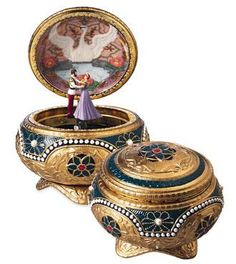The Anastasia music box!!! My favorite children's movie from my time (: