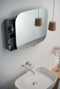 RAY MIRROR 609,00 € on http://www.ex-t.com/shop-online/bathroom/mirrors/mirror-ray-mirror