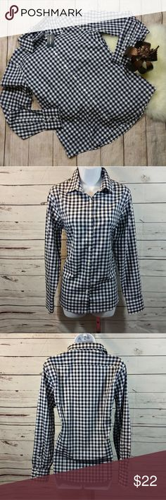 95193ffcc42b8 Lands End No Iron Supima Cotton Plaid Button Up Beautiful blue and white women s  plaid button