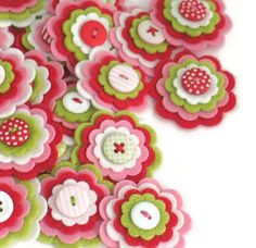 Felt flower embellishments add a special touch to your craft projects from hair accessories to decorating photo frames, purses, pillows and