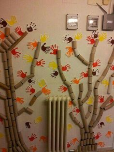 I would love to do this in our home for autumn thankful tree! LOL! #kidsart #autumn