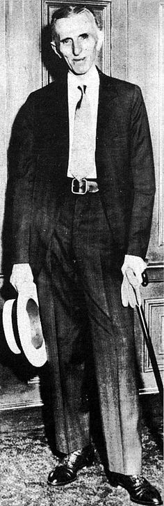 Tesla posed, impeccably dressed, just before his death in 1943.