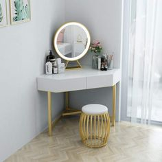 Small White Dressing Table, Simple Dressing Table Designs, Corner Dressing Table, Dressing Table Modern, Small Dressing Rooms, Dressing Table Storage, Bedroom Dressing Table, Dressing Room Design, Dressing Table Ideas For Small Room