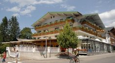 Hotel zur Post - 4 Star #Hotel - $136 - #Hotels #Austria #Riezlern http://www.justigo.com/hotels/austria/riezlern/zur-post-riezlern_48790.html