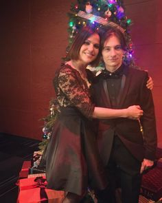 Lana Parrilla (@lparrilla)  Instagram: «At the #OUAT Holiday Party with my handsome boy @therealjaredgilmore ❤️ #goodtimes #happyholidays»