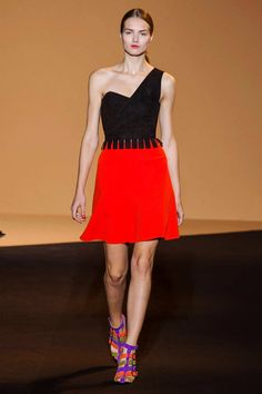 Roland Mouret Spring Summer 2015 RTW Collection