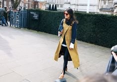 Leandra Medine Cohen in Gray Matters shoes and Gentle Monster sunglasses  #London  #StreetStyle  #Koshchenets