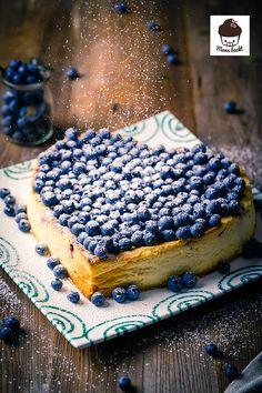 Dieser Cheesecake von Mann Backt schmeckt mindestens so gut, wie er aussieht! Mona, Cheating, Tiramisu, Kiss, Food And Drink, Sweets, Cakes, Cooking, Ethnic Recipes