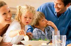 El Dr. Paul Jaminet habla de la alimentación perfecta, una alimentación afinada con un enfoque paleolítico o paleo que puede ayudarle a alcanzar una salud óptima.  http://espanol.mercola.com/boletin-de-salud/entrevista-con-el-dr-paul-jaminet.aspx