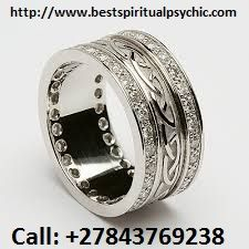 This is a truly luxurious Celtic wedding band, featuring the timeless Celtic knot design, trad. Irish Wedding Rings, Celtic Wedding Bands, Diamond Wedding Rings, Diamond Rings, Celtic Knot Ring, Celtic Rings, Ring Designs, Engagement Ring Settings, Engagement Rings