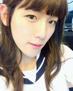 Baekhyun de EXO se transformó en una linda chica |