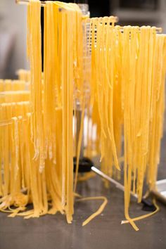 Dinner Party: How to make your own pasta from scratch. Drying the noodles. How To Make Noodles, Make Your Own Pasta, Food To Make, Homemade Pasta, How To Make Homemade, Yummy Pasta Recipes, Meatless Recipes, Yummy Food, Cold Pasta Dishes