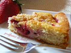 strawberry cake, easy quick and yummy!