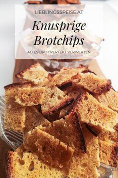 Lebensmittel sind kostbar! Deswegen mache ich aus altem Brot gerne knusprige Brotchips. Ein perfektes Rezept zur Verwertung von altbackenem Brot. Sie schmecken ideal als Begleiter zu Wein oder Brot und begeistern alle Gäste. Thai Curry, Snacks, Cereal, French Toast, Appetizers, Breakfast, Food, Potato Chips, Wine