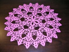 This doily will be available on my Etsy shop soon. Thread Crochet, Crochet Doilies, Crochet Hooks, Knit Crochet, Knitting Wool, Baby Knitting, Baby Shower Gifts, Baby Gifts, Knit Fashion