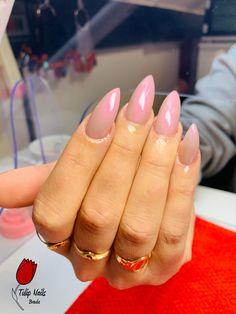 Tulip Nails, Acryl Nails, Tulips, Engagement Rings, Beauty, Enagement Rings, Wedding Rings, Diamond Engagement Rings, Beauty Illustration