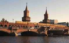 berlin oberbaumbruecke spree Berlin, Tips, Nice Asses