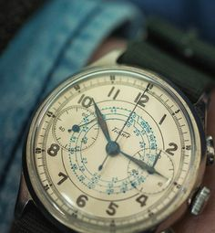 Vintage Watches Collection : (notitle) - Watches Topia - Watches: Best Lists, Trends & the Latest Styles Vintage Watches For Men, Luxury Watches For Men, Vintage Men, Cool Watches, Rolex Watches, Tissot Mens Watch, Wooden Watch, Beautiful Watches, Chronograph