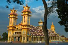 Vietnam, Tay Ninh porvince, the city of Tay Ninh, Cao Dai Thanh That temple