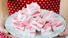 Candy Recipes, Holiday Recipes, Cookie Recipes, Christmas Recipes, Christmas Candy, Christmas Baking, Home Made Candy, Homemade Candies, Sweet Desserts