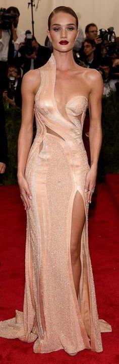 Rosie Huntington-Whiteley: Dress – Atelier Versace  Earrings and rings – Anita Ko