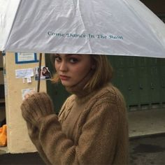 Lily-Rose and Jack Depp Lily Rose Depp Style, Lily Rose Melody Depp, Lys Rose, Pretty People, Beautiful People, Perfect People, Beautiful Models, Lily Depp, Outfit Invierno