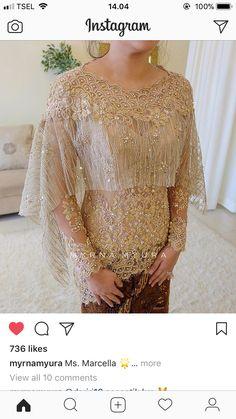 Queen Artha Widaïa Kebaya Lace, Kebaya Hijab, Batik Kebaya, Kebaya Dress, Kebaya Muslim, Batik Dress, Dress Brukat, Lace Dress, Kebaya Wedding