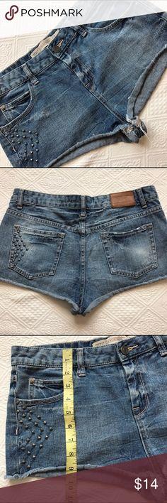 STS BLUE size 11 raw edge Sandblasted Denim Shorts STS BLUE, size 11, raw edge, Sandblasted 5 pocket Jean style STS Blue Shorts Jean Shorts