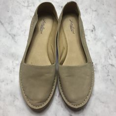 72afab7f6d0 Lucky Brand Women s Size US 11 Euro 41 Nude Leather Flats Round Toe Slip On