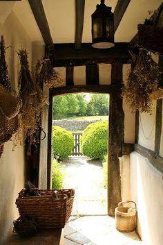 English Country Decor Style – Self Home Decor Witch Cottage, Irish Cottage, Cozy Cottage, Cottage Living, Cottage Style, Rustic Cottage, French Cottage, English Cottage Interiors, English Country Cottages