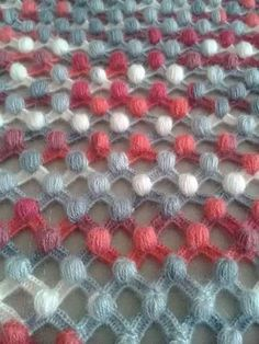Crochet Bobble stitch (pom pom stitch) beach wrap or bathing suit cover idea website in Turkish but has a lot of great stuff Crochet Diagram, Crochet Motif, Crochet Shawl, Crochet Lace, Crochet Stitches Patterns, Baby Knitting Patterns, Crochet Designs, Stitch Patterns, Crochet Cluster Stitch
