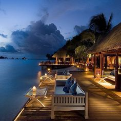 Luxury vacation resort in Maldives. Beach Honeymoon Destinations, Honeymoon Packages, Travel Destinations, Thailand Honeymoon, Wedding Destinations, Destination Wedding, Nutrition Education, Bungalow Resorts, Travel Outfit Spring