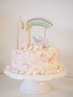 Einhorn Geburtstag You are in the right place about Baby Toys sketch Here we offer you the most beautiful pictures about the Baby Toys plush y Pretty Cakes, Cute Cakes, Beautiful Cakes, Easy Lasagna Recipe, 4th Birthday Cakes, Baking With Kids, Princess Birthday, Cake Designs, Yummy Treats