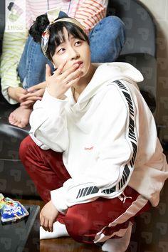 [iKON] iKON TV MAKING FILM 김진환 No.20 cr: LIPSS Ikon Member, Kim Jinhwan, Koo Jun Hoe, Jay Song, Ikon Kpop, Ikon Debut, Ikon Wallpaper, Yg Entertainment, Bobby