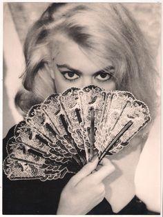 Melina Mercouri in Topkapi Die A, Greek Culture, Women Figure, Great Films, Old Hollywood Glamour, Film Stills, Film Director, Famous Women, Best Actress