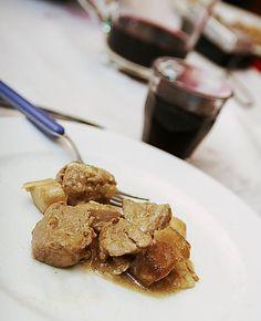 Coppa di #maiale coi #funghi - leggi qui la #ricetta: http://blog.giallozafferano.it/laraccoltadiricette/coppa-di-maiale-coi-funghi/